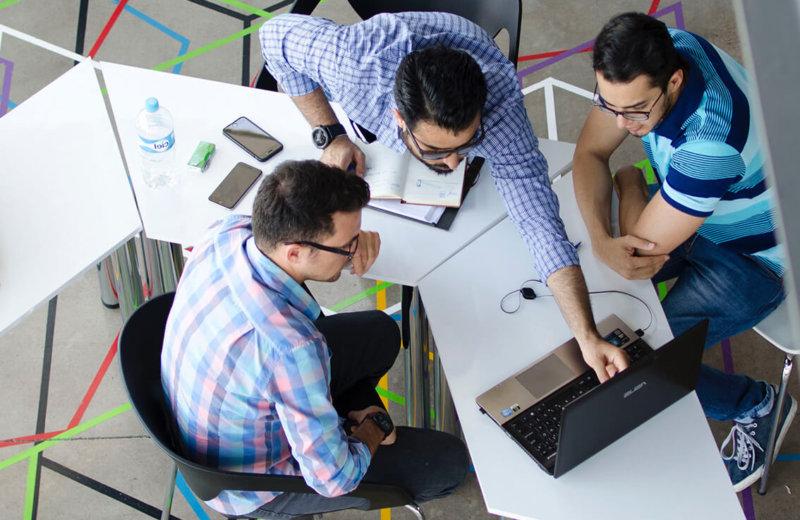 CRM RENDSZER: 4 ok, amiért a CRM a legértékesebb eszköz a vállalatában